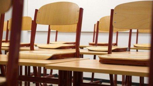 chair affects handwriting