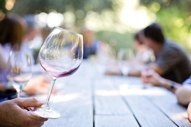 wineglass 553467 640 1