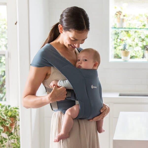 ergobaby embrace oxford blue newborn