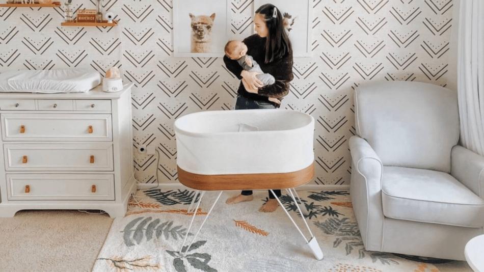 the happiest baby snoo vs 4moms  mamaroo sleep